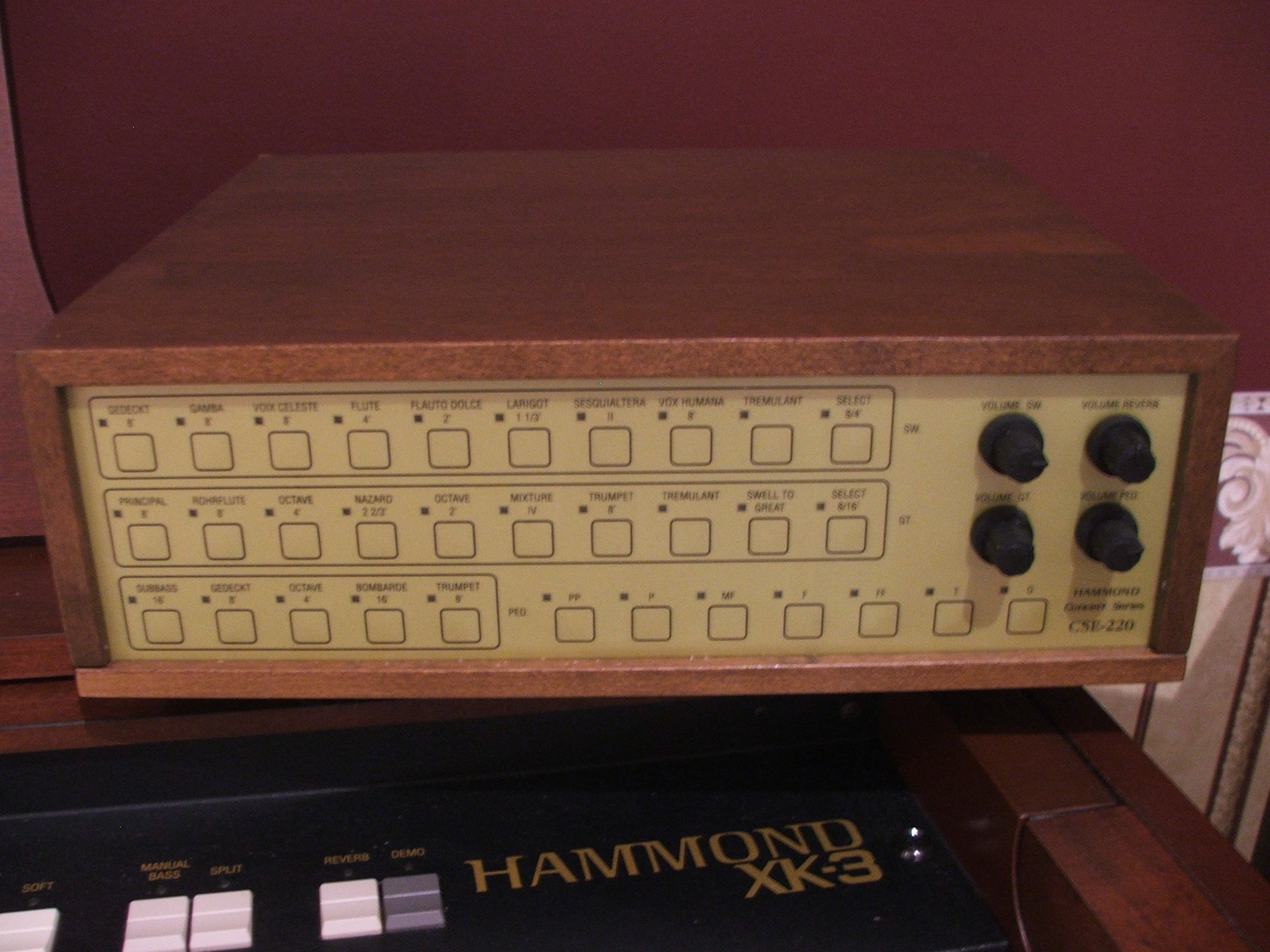 New Classical Pipe Organ Module by Hammond