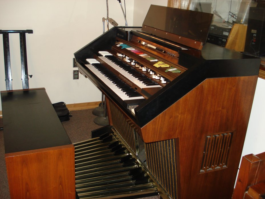 Below Are Complete Pictures Of The Organ