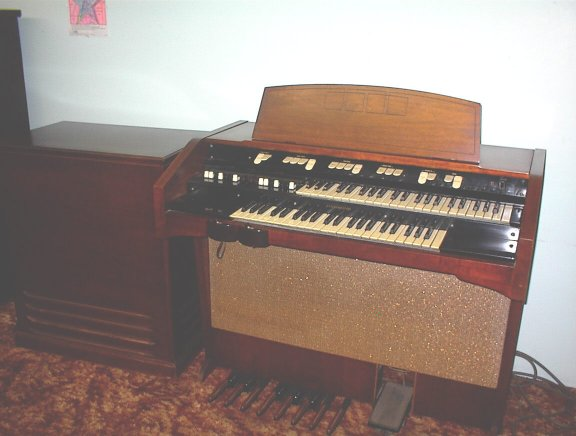 vintage hammond organs from. Black Bedroom Furniture Sets. Home Design Ideas